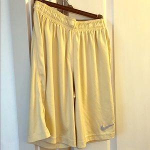 Nike Dri- fit Gold Boys Shorts - Size Large